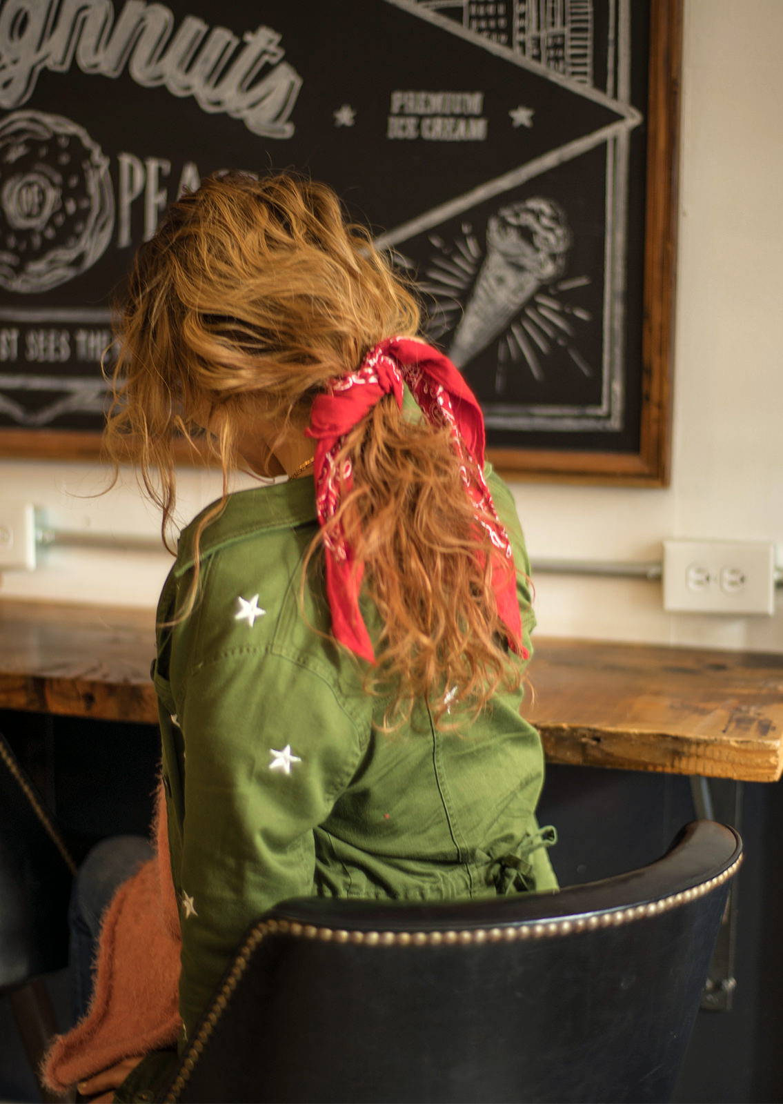 DG71AW013 STAR EMBROIDERY MILITARY JAKET COLOR: KHA 16,000yen
